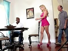 Sean Michaels Buries His Stiff Bone In Amazingly Sexy Nat Turnher's Muff
