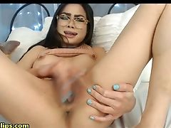 Nerdy Honey Loves A Cooter Rubdown