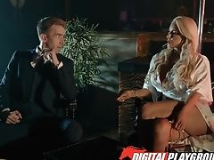 Two Strippers Abigail Mac And Nicolette Shea Serve One Customer In The V.i.p Room