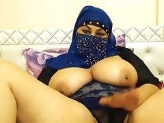 Studentkinja Aziza