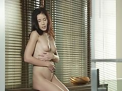 Red-haired Has A Good Time Masturbating Her Muff