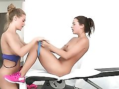 Dark-haired Abigail Mac And Nicole Aniston Gets Nude And Then Fondle Each Other