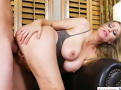 Oversexed Ash-blonde Bitch Julia Ann Rails Hard Dick And Gets Her Slit Rammed