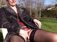 Diana La Mature Se Tape Le Jardinier Sur Telsev.tv